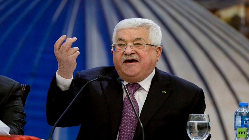 الرئيس الفلسطيني محمود عباس يعلن الحداد وتنكيس الأعلام تضامنا مع الشعب اللبناني