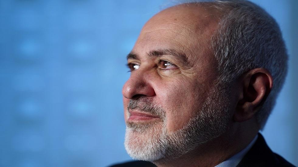 ظريف يؤكد استعداد طهران لدفع تعويض عن ضحايا الطائرة الأوكرانية
