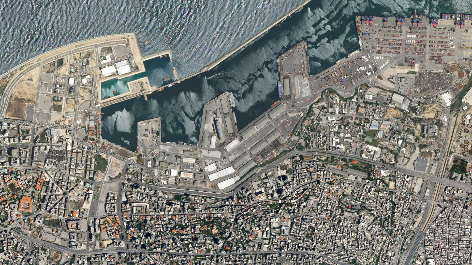 كان يمكن أن تمحى بيروت عن وجه الأرض!