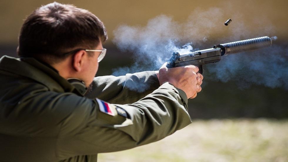 روسيا تطلق  الإنتاج المتسلسل لمسدس