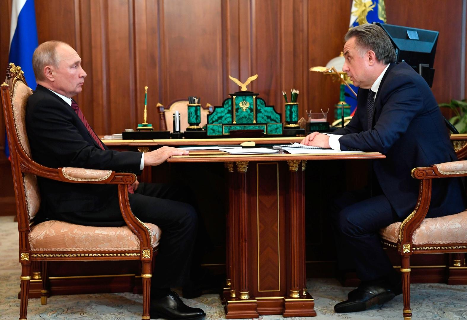 بوتين يدعو للحذر عند إصدار سندات الرهن العقاري
