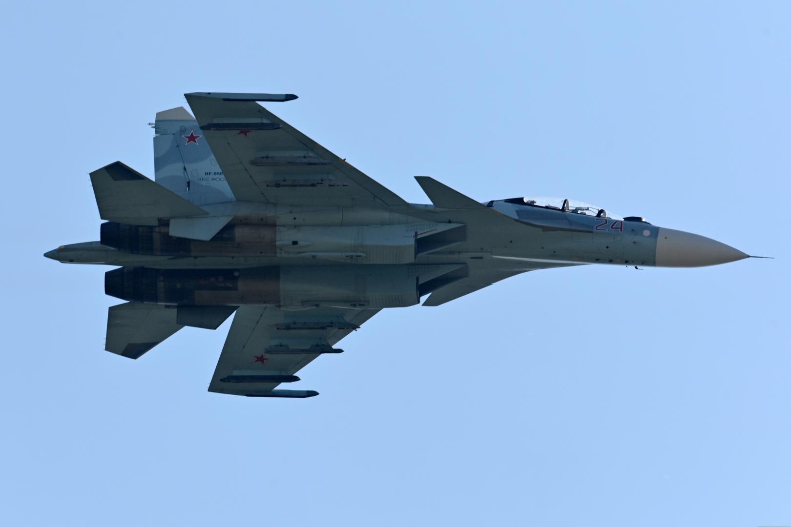 مقاتلة روسية تعترض طائرتي استطلاع أمريكيتين فوق البحر الأسود