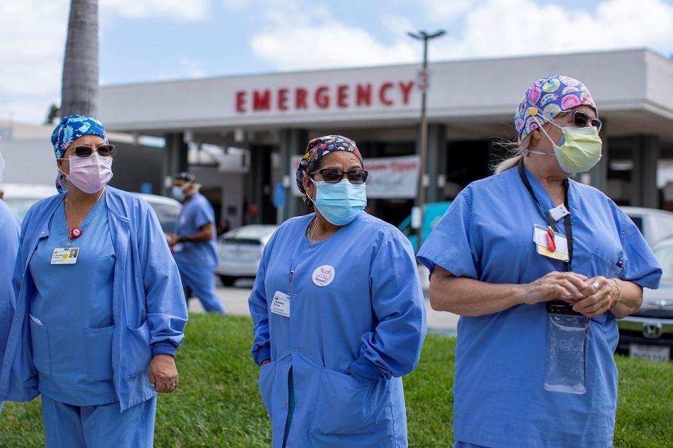 وفيات كورونا تتجاوز 160 ألفا في الولايات المتحدة مع اقتراب فتح المدارس