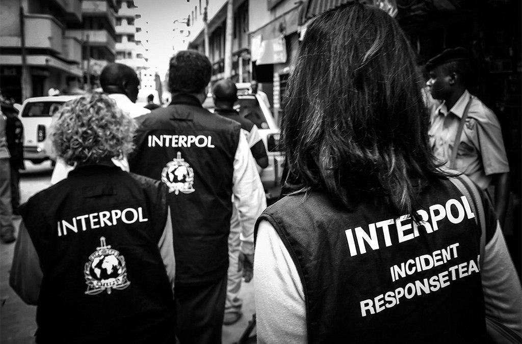 الإنتربول يرسل بعثة للبنان بطلب من الحكومة