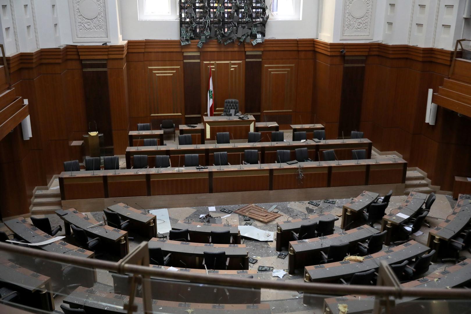 برلماني لبناني ينسحب من التكتل الموالي للرئيس عون