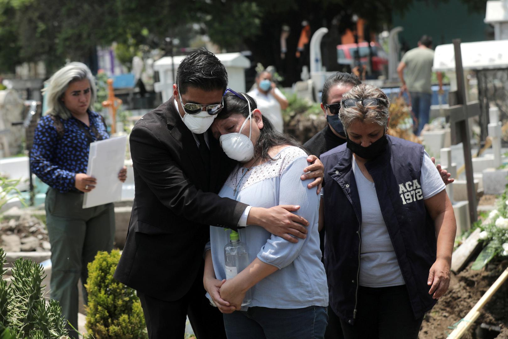 المكسيك تسجل أكثر من 6 آلاف إصابة ونحو 800 وفاة جديدة بكورونا