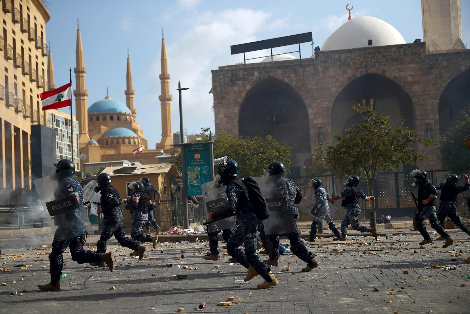 تغطية مباشرة.. اشتباكات بين متظاهرين وقوى الأمن في محيط البرلمان وسط بيروت احتجاجا على انفجار المرفأ