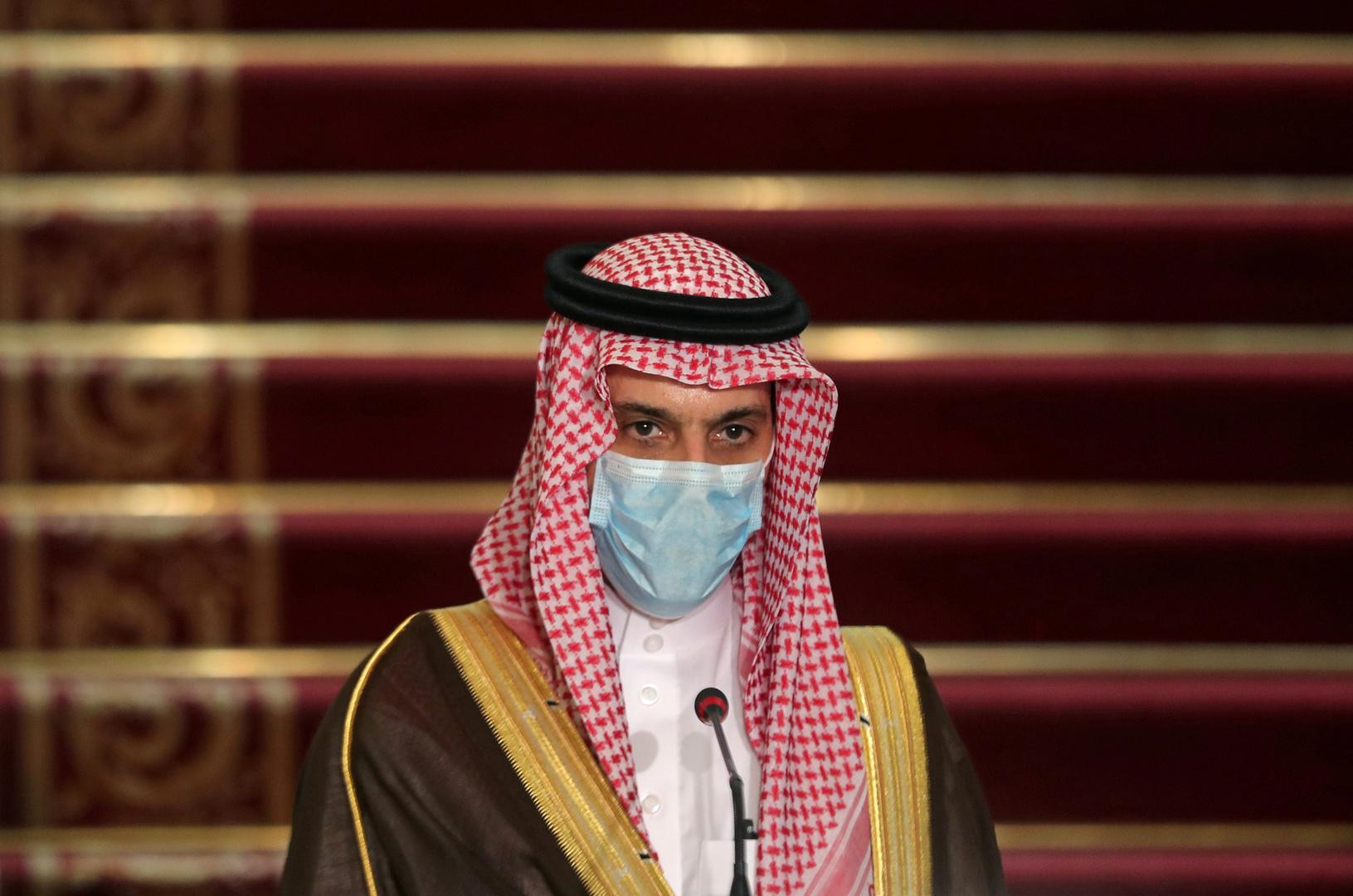 وزير الخارجية السعودي: هيمنة حزب الله تثير قلقنا والكل يعرف سوابقه باستخدام المواد المتفجرة وتخزينها