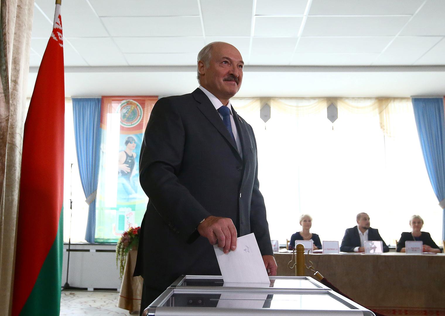 نتائج أولية: لوكاشينكو يتصدر بفارق ساحق في انتخابات رئاسة بيلاروس
