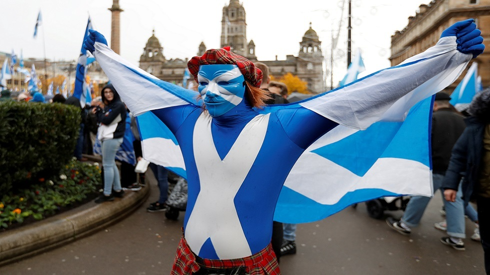 استطلاع: غالبية الاسكتلنديين يؤيدون الاستقلال عن بريطانيا