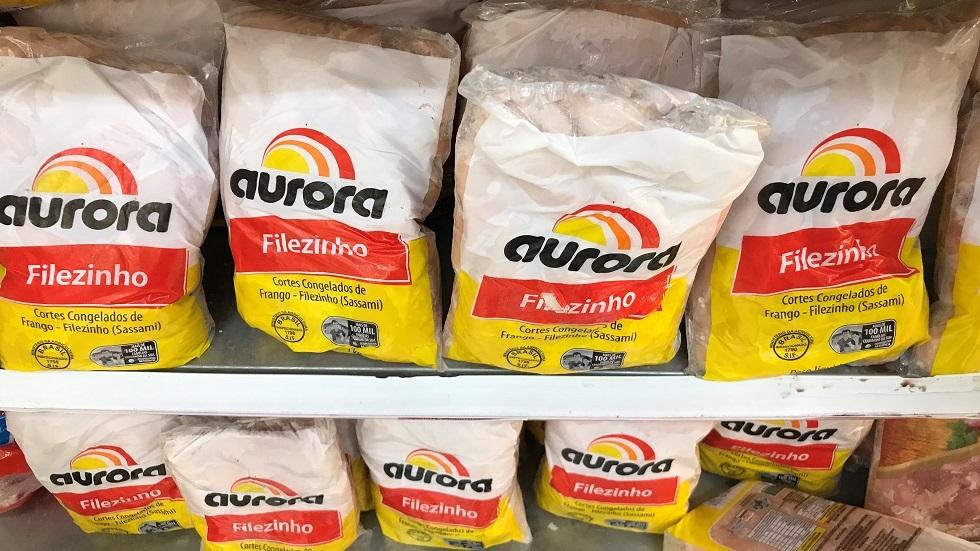 الصين تحذر مواطنيها عقب اكتشاف أجنحة دجاج برازيلية ملوثة بكورونا