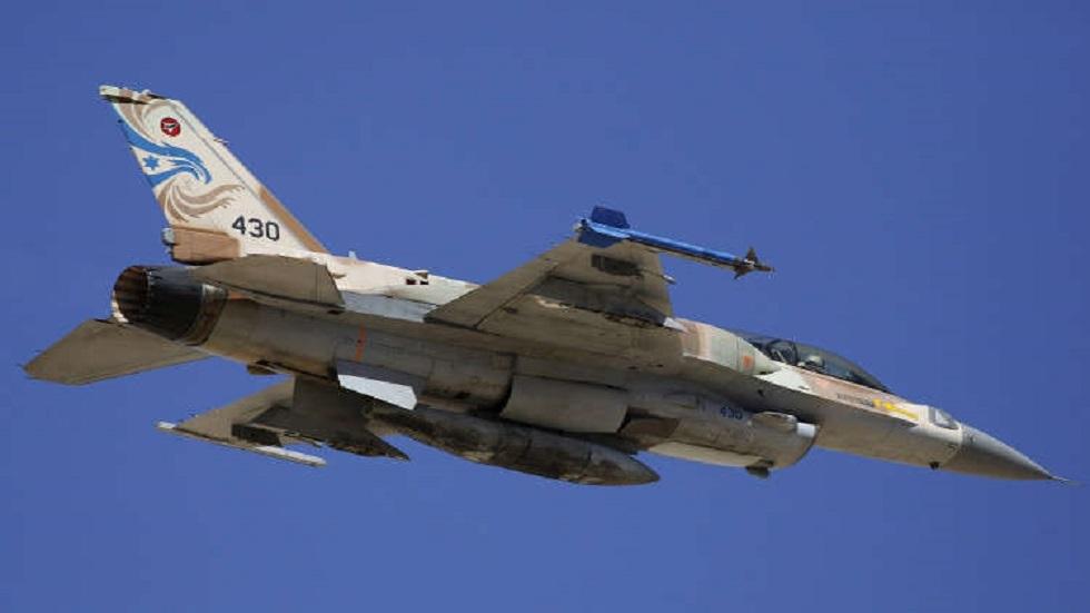 مراسلنا: طائرات إسرائيلية تقصف أرضا زراعية شرق مخيم البريج وسط قطاع غزة