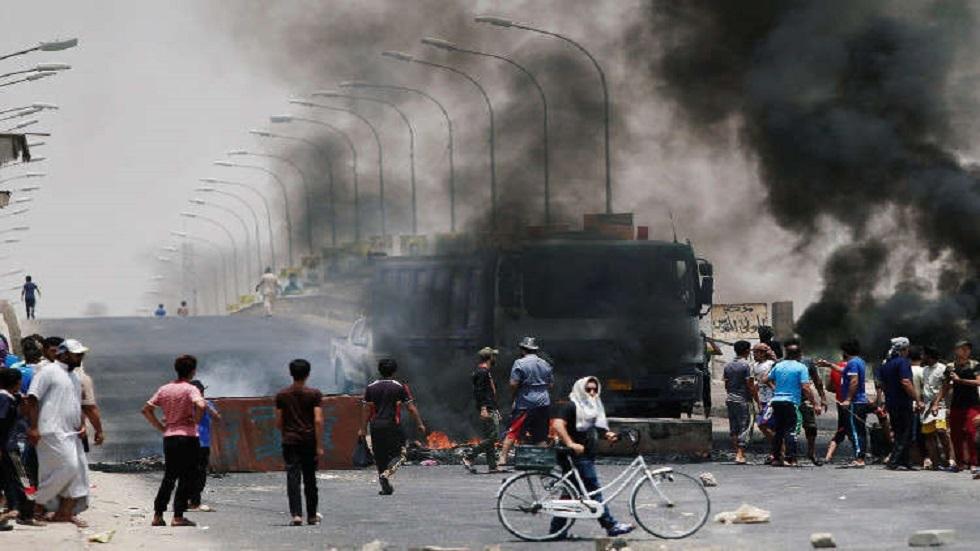 العراق.. إقالة قائد شرطة البصرة ونجاة نشطاء من عمليات اغتيال