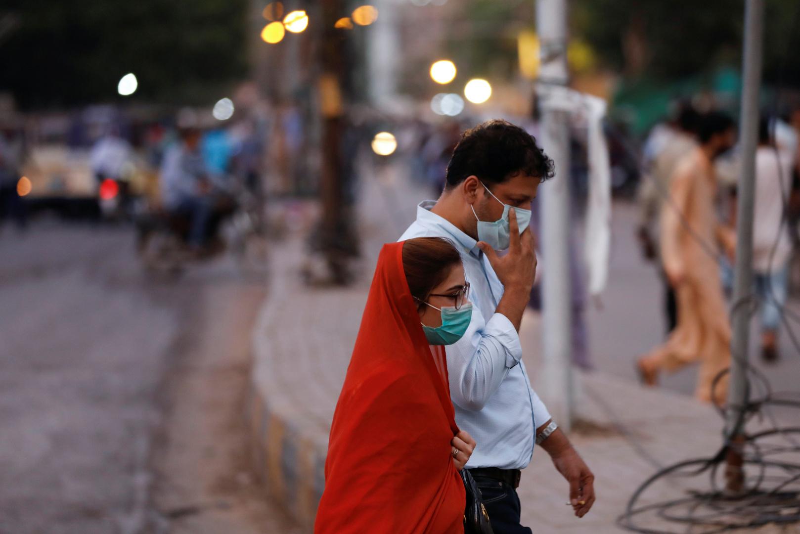 باكستان توافق على اختبارات سريرية للقاح صيني ضد كورونا