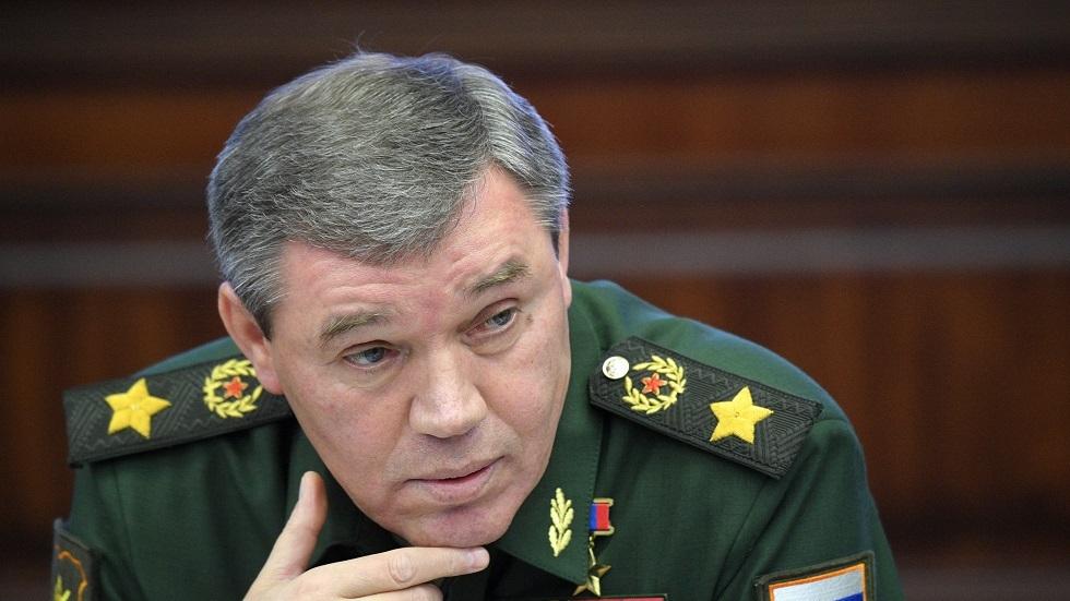 الجيش الروسي يقدم تفسيره لحادث الاحتكاك مع القوات الأمريكية في سوريا