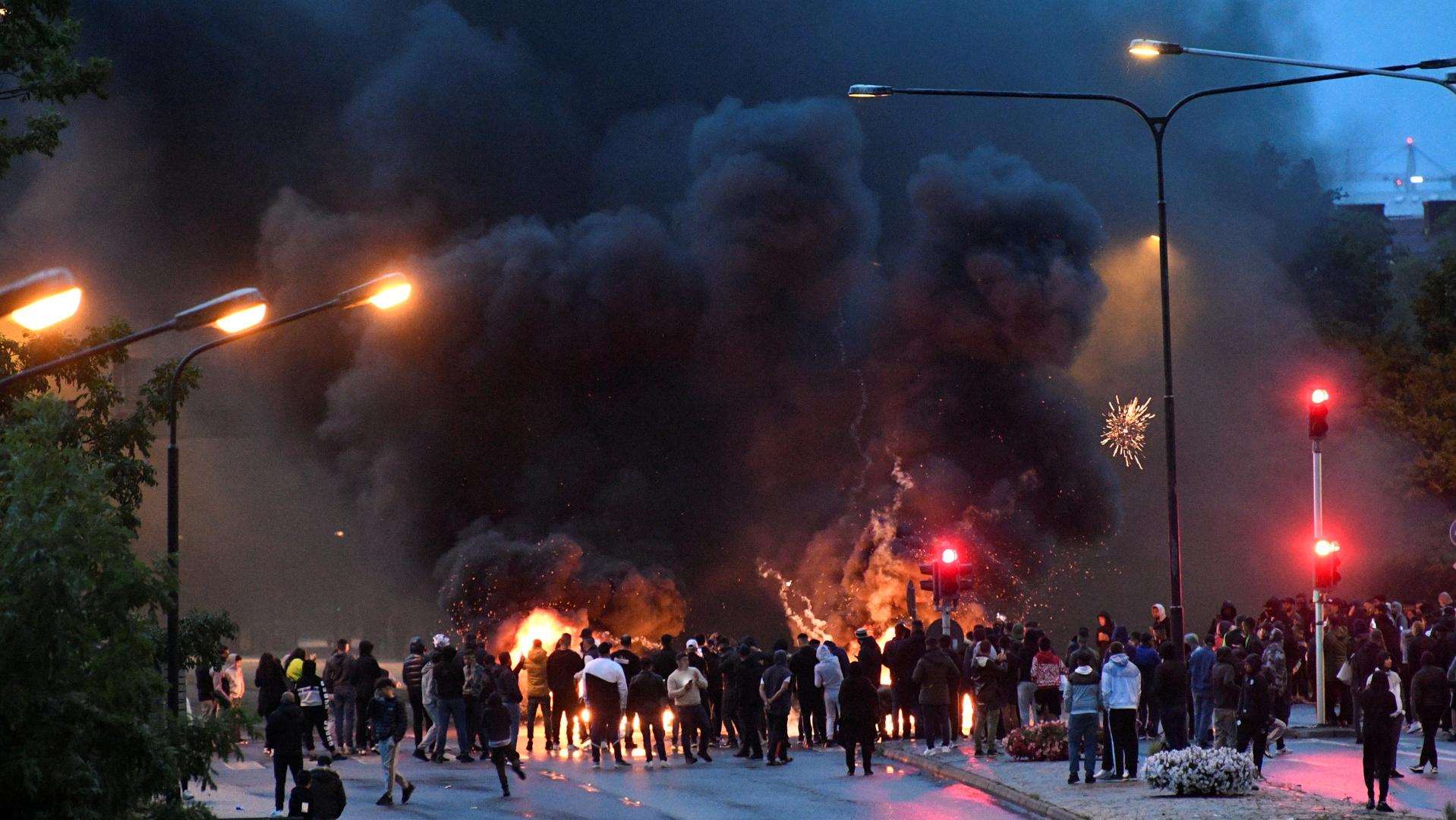 أعمال عنف في السويد بعد حادث إحراق نسخة من القرآن