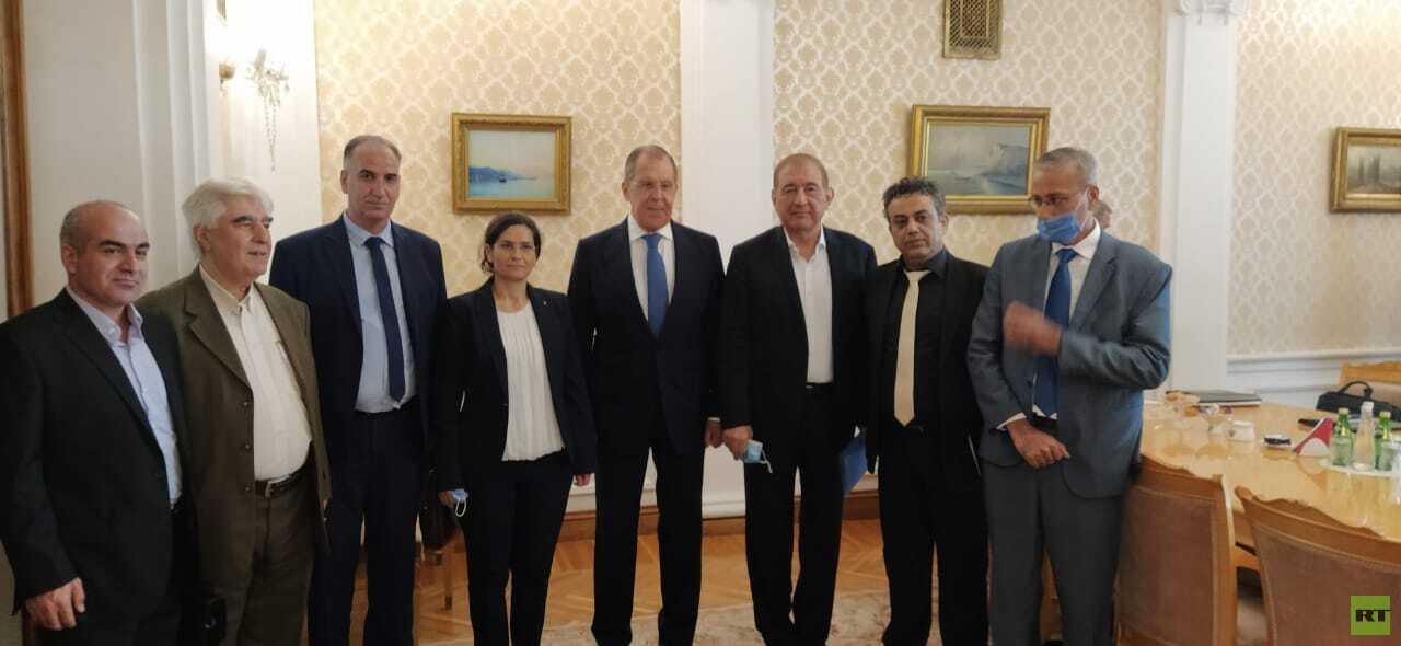 لافروف يؤكد عزم روسيا مواصلة الإسهام في الحوار بين الأطراف السورية