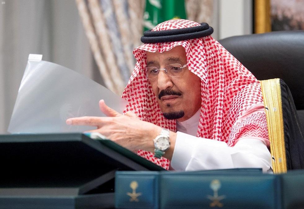 السعودية.. أمر ملكي بإنهاء خدمة قائد القوات المشتركة وضباط آخرين وإحالتهم للتحقيق