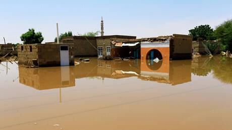 السودان.. ارتفاع مناسيب النيل والمياه تغمر أحياء كاملة (صور)