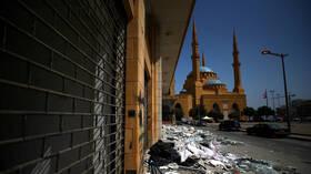 انفجار بيروت.. عمليات البحث عن المفقودين تسير ببطء وإغلاق بعض الشوارع خوفا من تداعي الأبنية