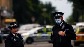 بريطانيا.. توقيف 6 أشخاص بتهمة اغتصاب مراهقة