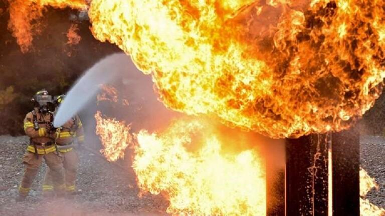 إيراني يضرم النار عيادة رفضت 5f7107b14236043db96c48d2.jpg
