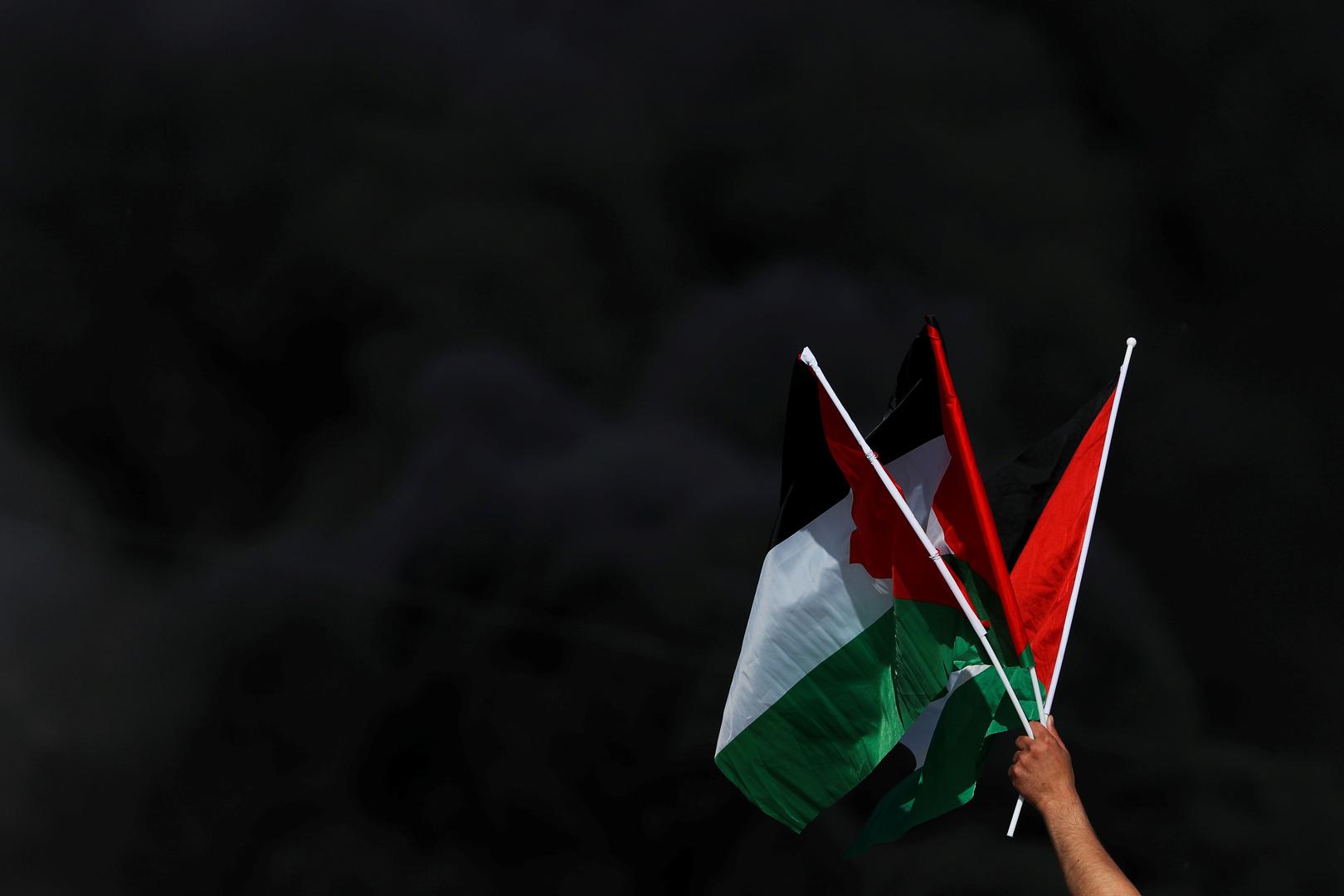 لبنان يعتذر عن استضافة اجتماع للأمناء العامين للفصائل الفلسطينية في بيروت