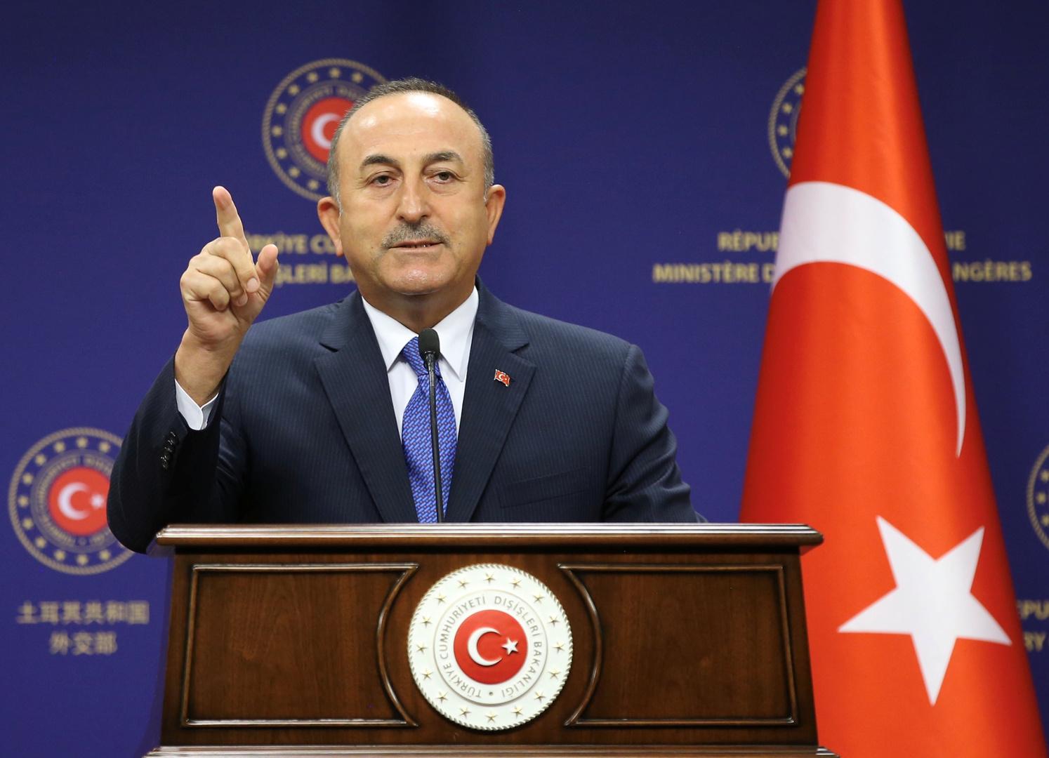 تشاووش أوغلو: نؤيد التفاوض مع جميع الأطراف حول شرقي المتوسط