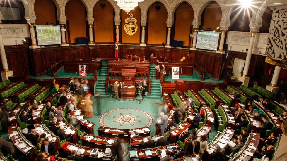 تونس.. البرلمان يمنح الثقة لحكومة المشيشي
