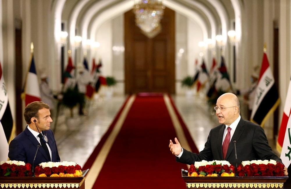 صالح وماكرون