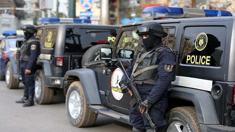 مصر.. مقتل مجرم هارب من 300 سنة سجن بسوهاج