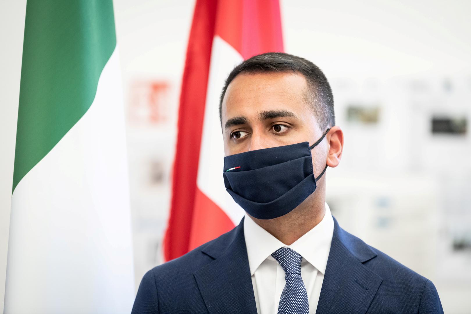 وزير الخارجية الإيطالي يتعهد بإعادة اللاجئين التونسيين إلى بلادهم