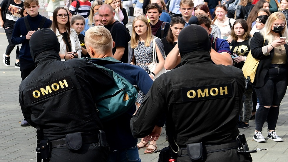 بيلاروس.. احتجاجات نسائية وطلابية وتوقيف 30 متظاهرا خلال اليوم