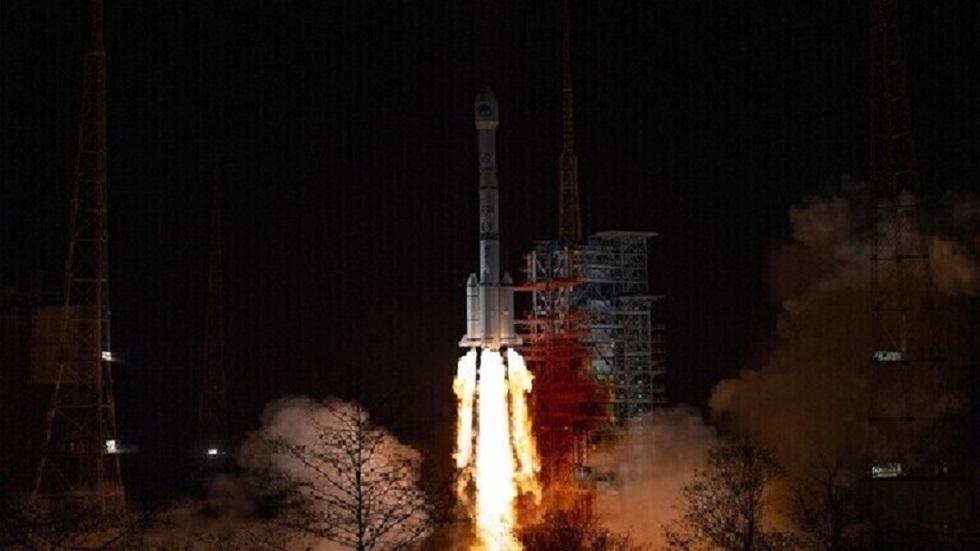 عودة المركبة الفضائية الصينية المتعددة الاستخدام إلى الأرض