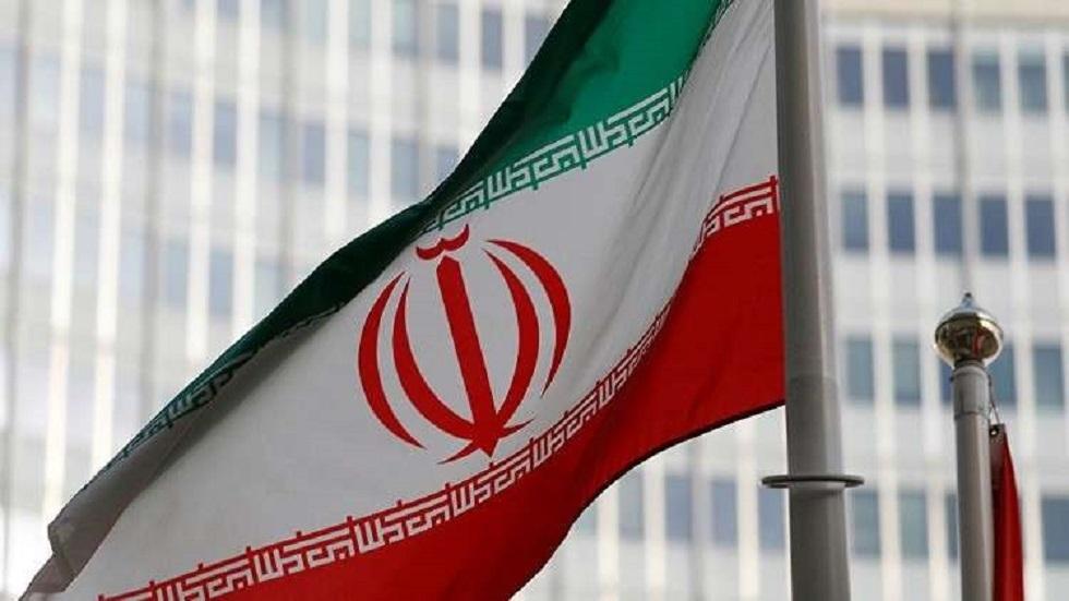 إيران.. ناشطون ينشرون صورا لطائرة