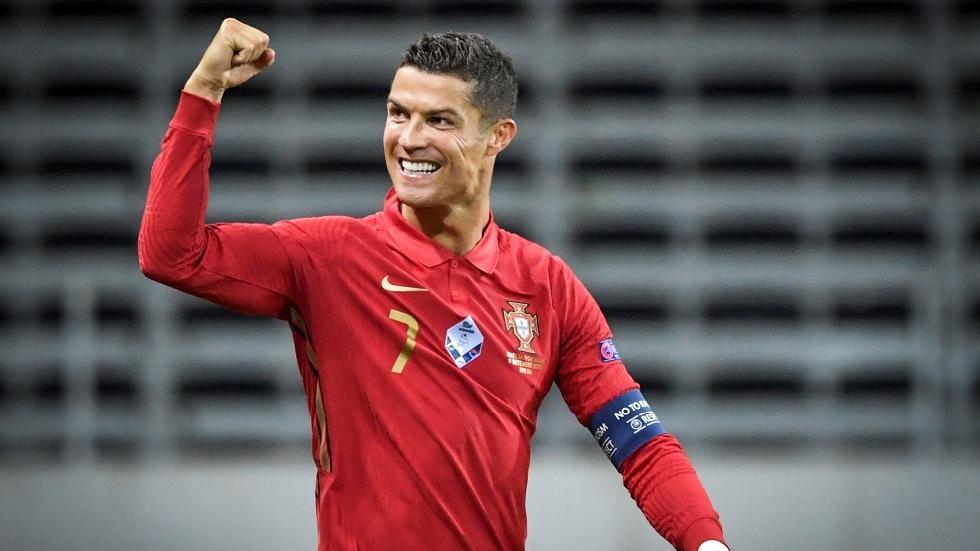 بالفيديو.. رونالدو يحقق رقما تاريخيا بتسجيله هدفه الـ100 لمنتخب البرتغال