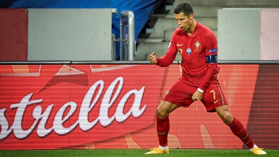 ثنائية رونالدو تقود المنتخب البرتغالي للفوز على نظيره السويدي في عقر داره (فيديو)