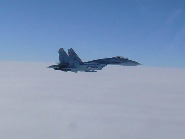 مقاتلة روسية تعترض طائرتي استطلاع أجنبيتين فوق بحر البلطيق (فيديو)