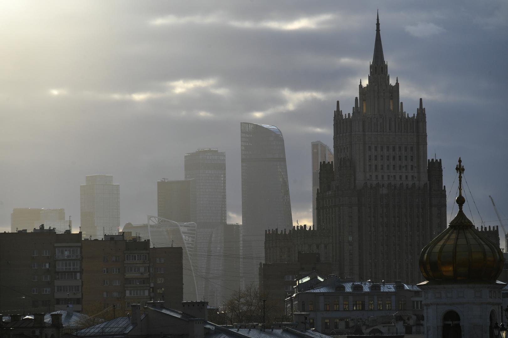 موسكو: نهج ألمانيا غير البناء يحول دون تحديد ملابسات قضية نافالني
