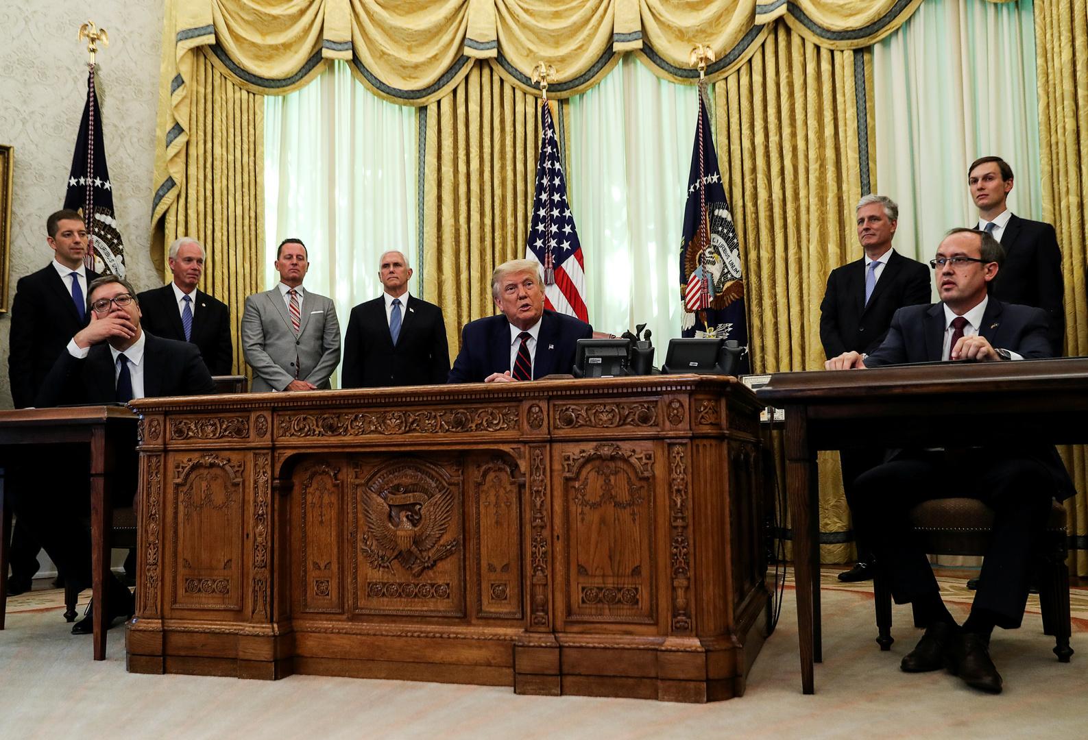 الرئيس الأمريكي دونالد ترامب يستقبل نظيره الصربي ألكسندر فوتشيتش ورئيس حكومة كوسوفو عبد الله هوتي في البيت الأبيض