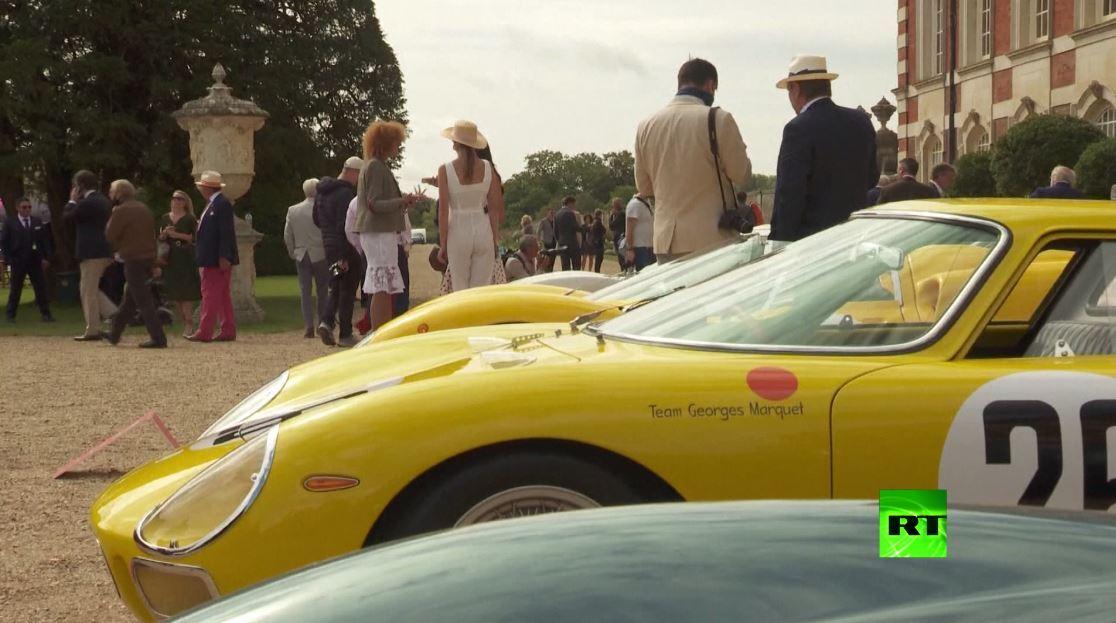 عرض سيارات فاخرة في لندن