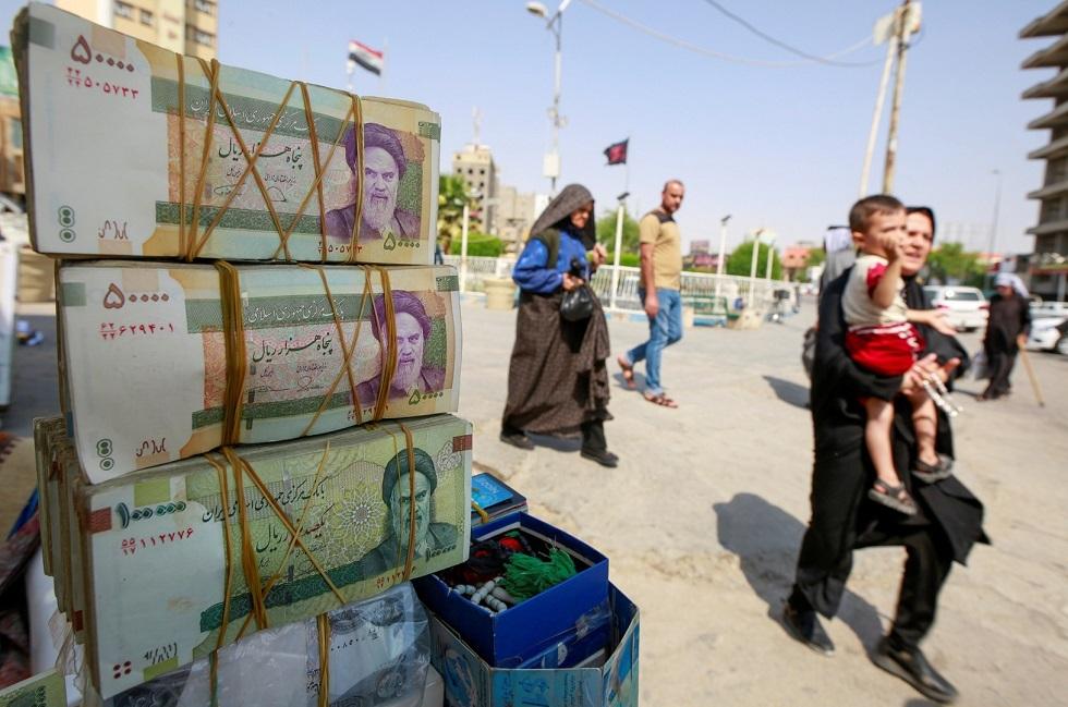 الریال الإيراني يسجل انخفاضا تاريخيا جديدا مقابل الدولار