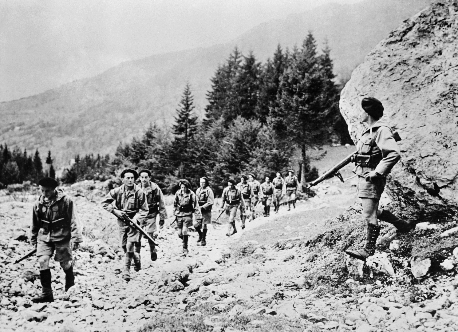 مقاتلون من قوات المقاومة الفرنسية ضد الاحتلال النازي في جبال الألب
