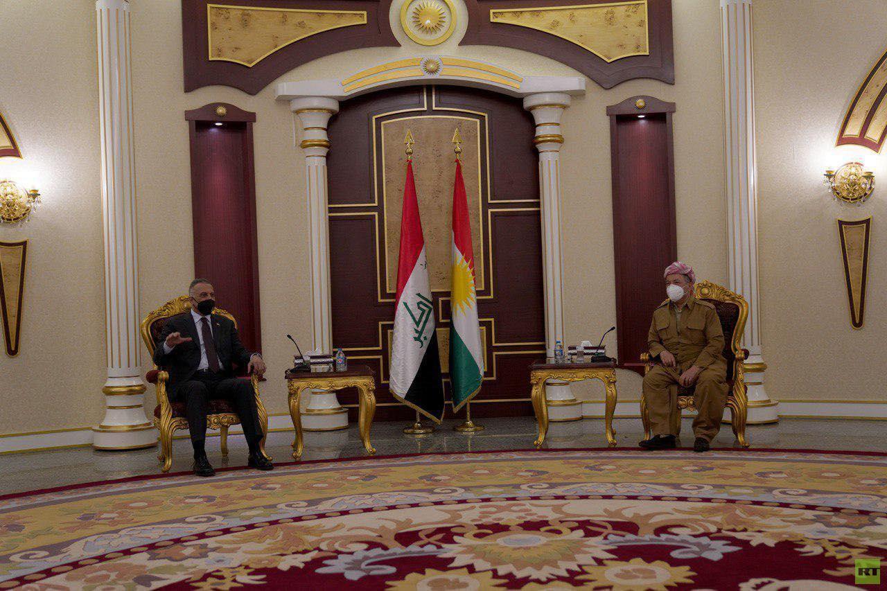 الكاظمي يلتقي مسعود بارزاني ويبحث معه علاقة بغداد وأربيل