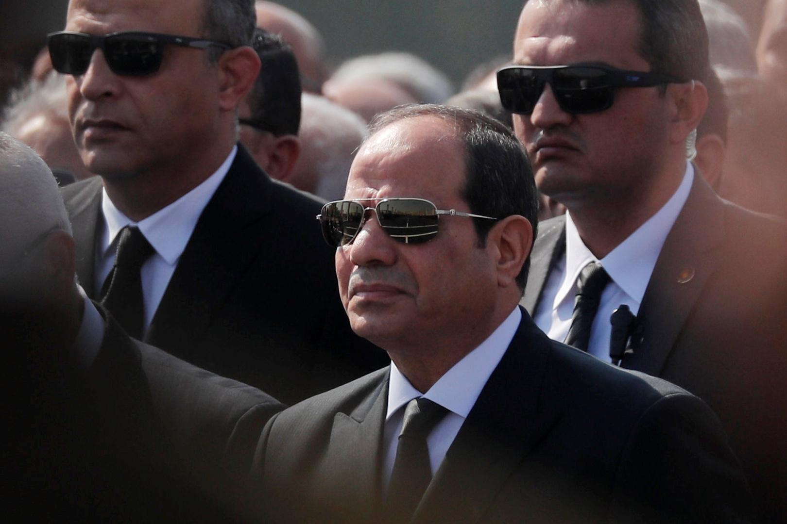 السيسي يصدر قرارا بتخصيص قطع أراض للجيش المصري