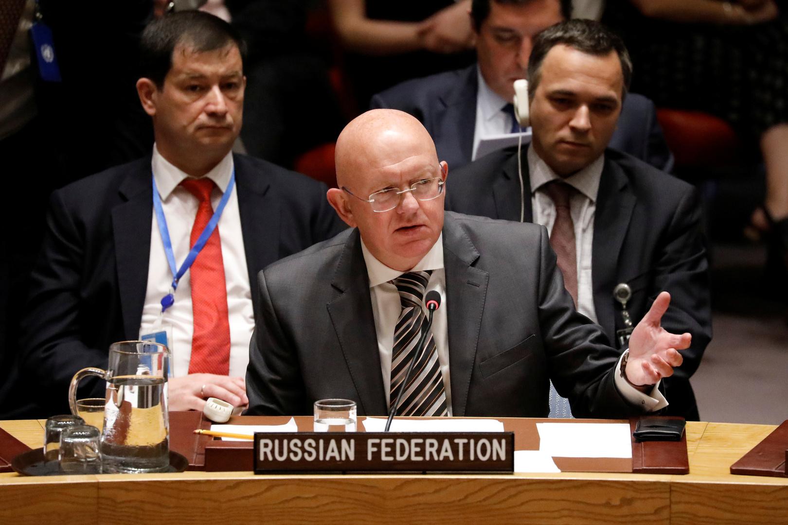 نيبينزيا: حادث نافالني يدفع للتفكير في لعبة قذرة ضد روسيا