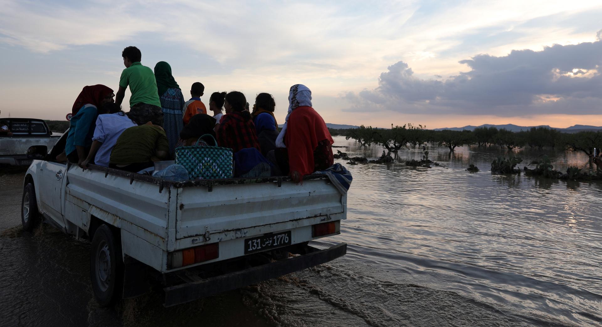 فيضانات الايام الأخيرة في تونس جراء الأمطار.