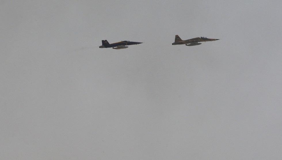 مقاتلتان إيرانيتان