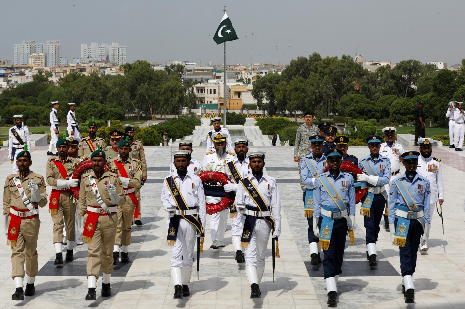 اعتقال صحفي باكستاني بتهمة الإساءة للجيش