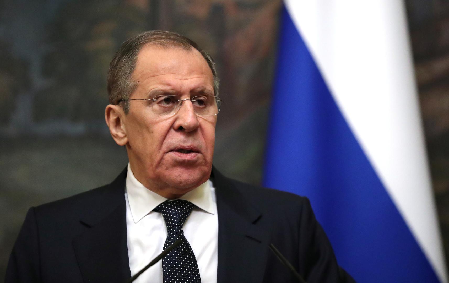 لافروف: العقوبات الغربية المحتملة لن تبقى دون رد